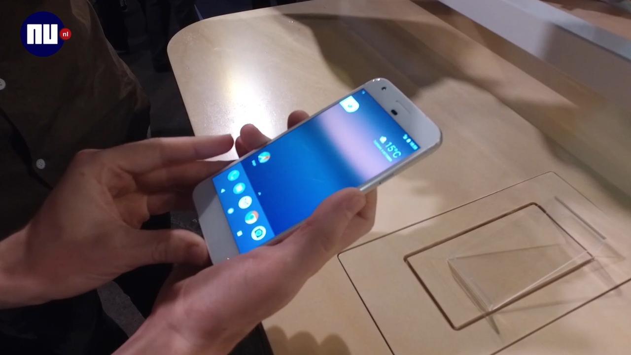 Eerste indruk: nieuwe Google-smartphones Pixel en Pixel XL