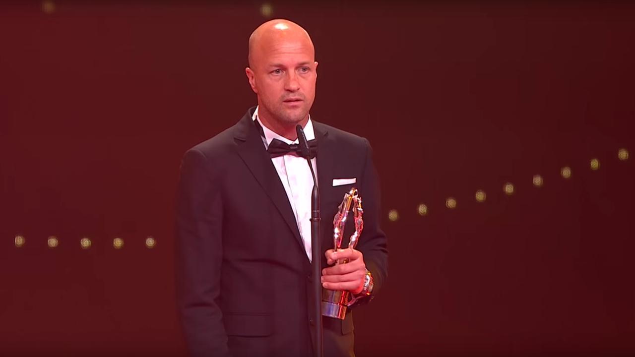 Zoon Cruijff neemt Laureus Award in ontvangst