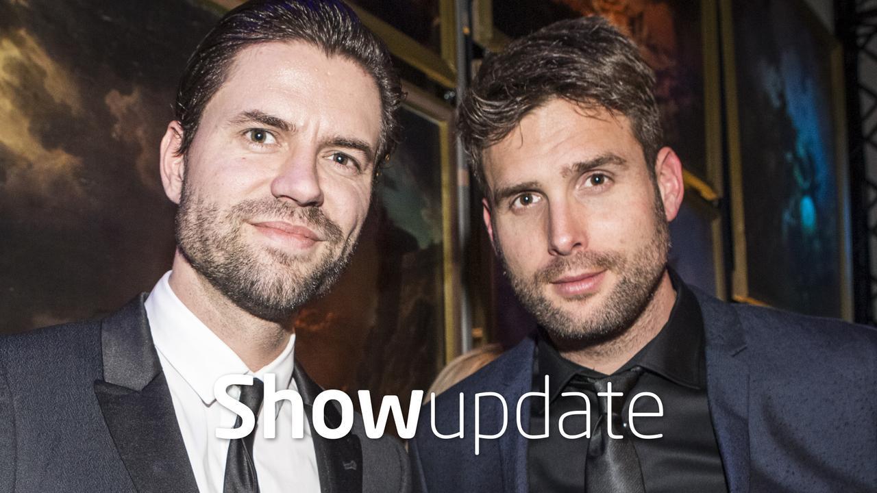 Show Update: Zandbeelden Nick en Simon doen stof opwaaien