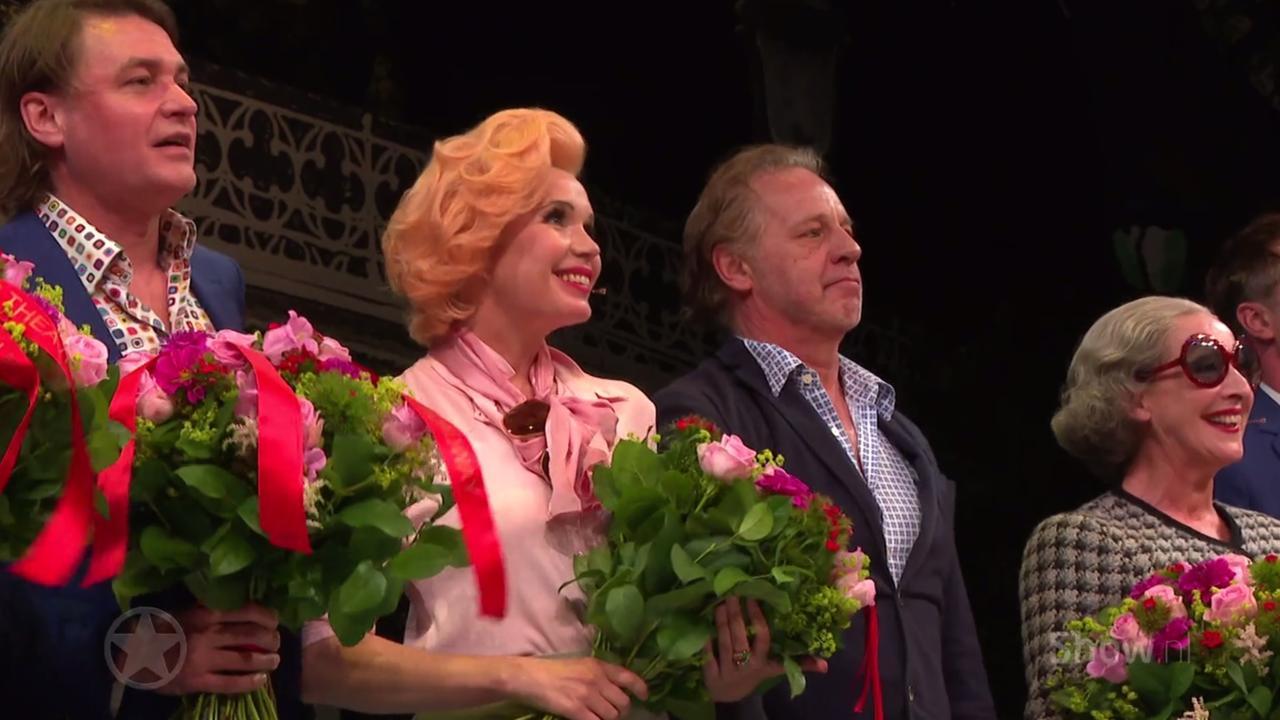 Op de première van In de ban van Broadway