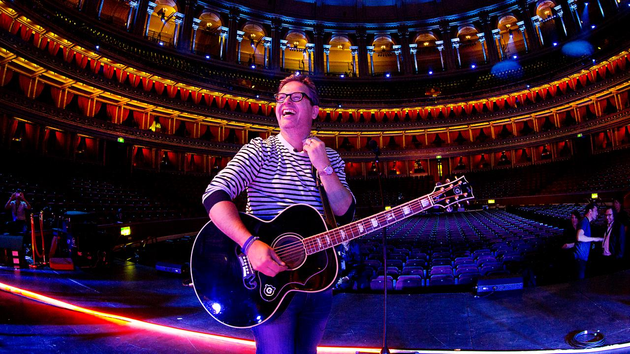 Guus meeuwis vond optreden in royal albert hall for Door 12 royal albert hall