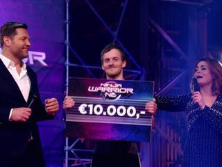Perry Oosterlee sleept met de overwinning 10.000 euro in de wacht