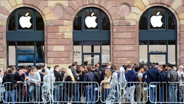 Apple krijgt tik op beurs na tegenvallende iPhoneverkopen