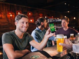 Met de Heineken Biertegoed app spaar je voor Biertegoed dat je kunt verzilveren bij ruim twee duizend horecalocaties