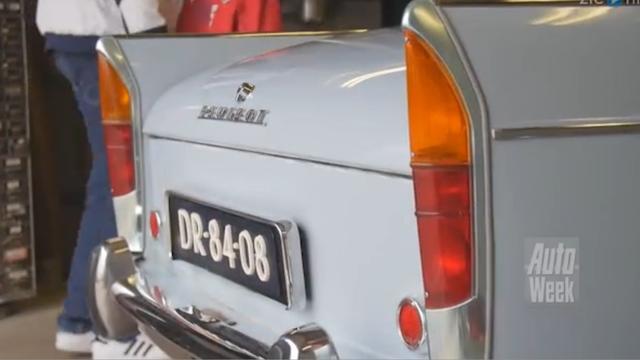 Op de Rollenbank - Peugeot 404 (1965)