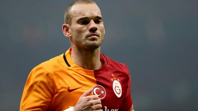 Sneijder meldt zich af voor oefentrip Oranje wegens ribblessure