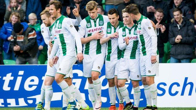 FC Groningen mag blijven hopen op play-offs na winst tegen Roda JC