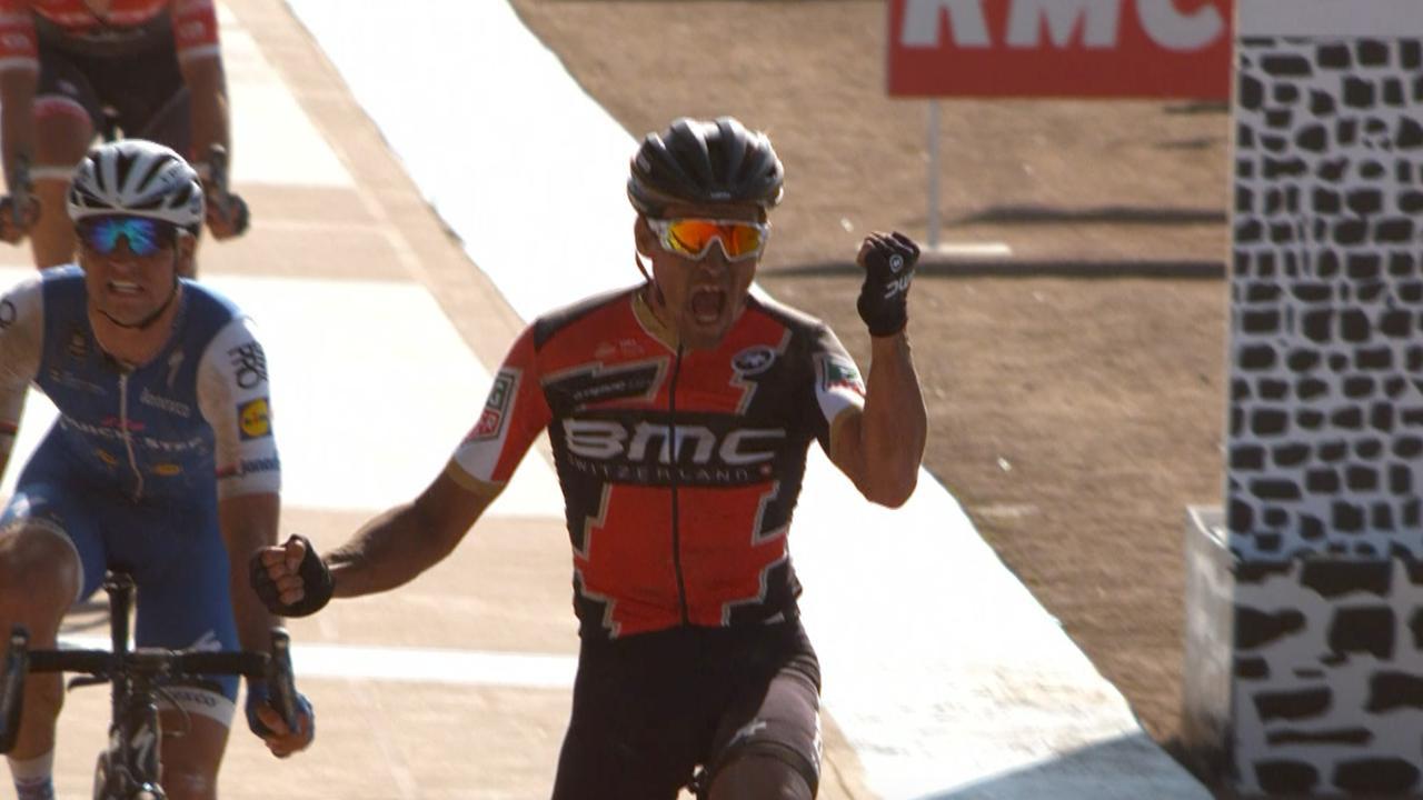 Samenvatting: Van Avermaet wint Parijs-Roubaix, Langeveld derde