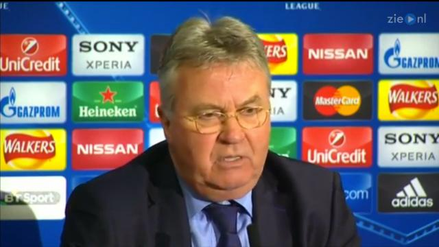 Hiddink prijst hecht team Paris Saint-Germain