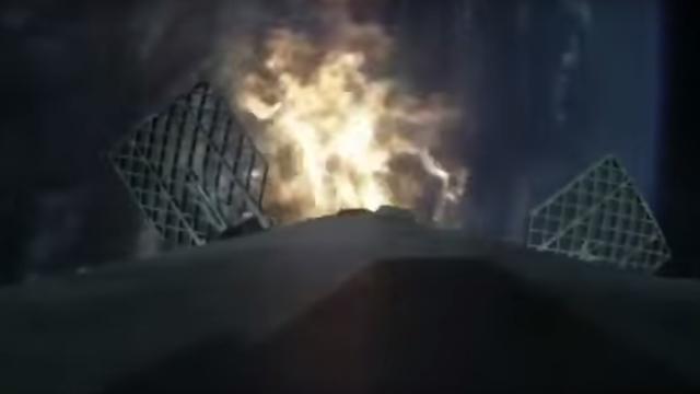 Zo landt de SpaceX-raket op een platform in zee