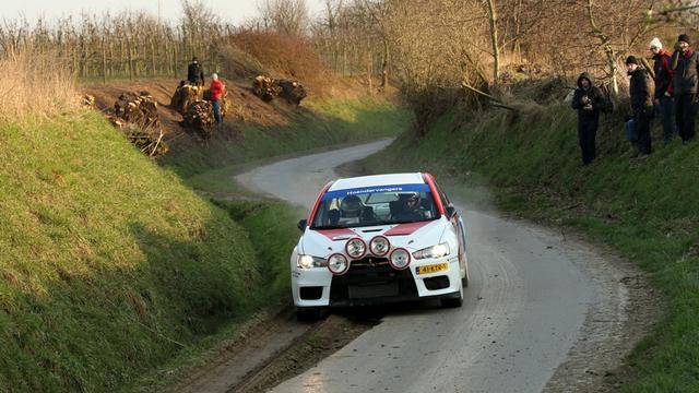Huijbergse rallyrijder Han Hoendervangers naar WK in Trier