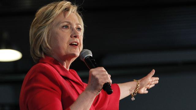 Clinton wint voorverkiezing in Kentucky, Sanders in Oregon