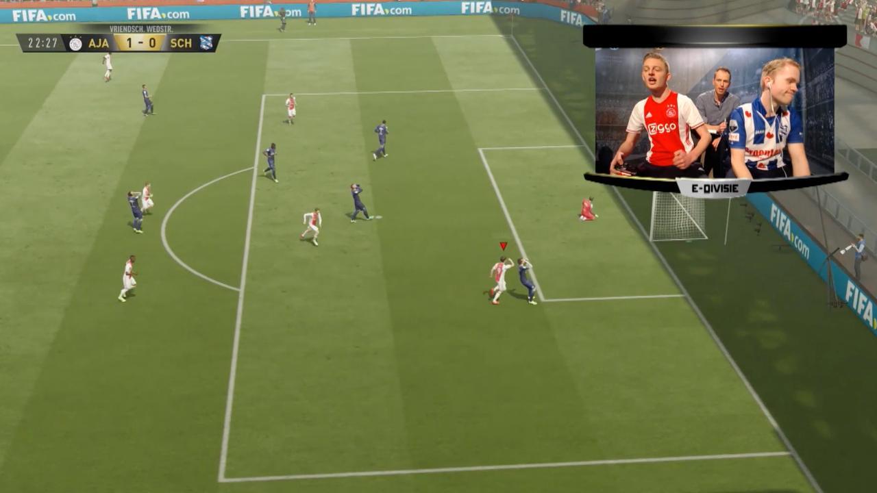 Uitslagen E-divisie: Ajax overtuigend eerste landskampioen