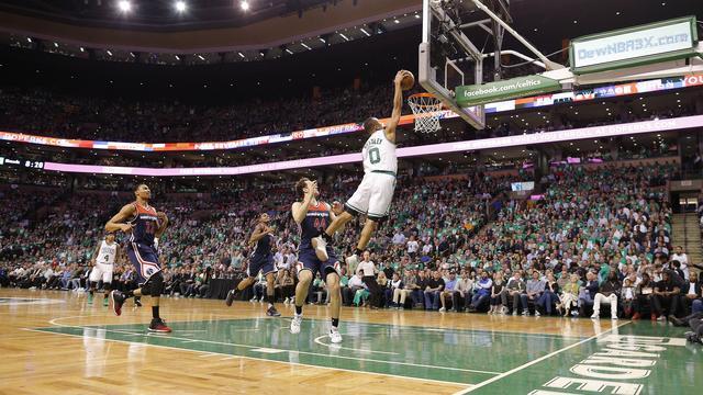 Persoonlijk record Bradley brengt Celtics dicht bij Conference-finale