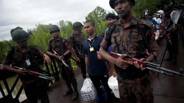 Opnieuw twee mensen op brute wijze gedood in Bangladesh