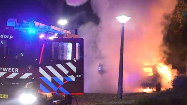 Vlammenzee door autobrand Jacob van Maerlantstraat