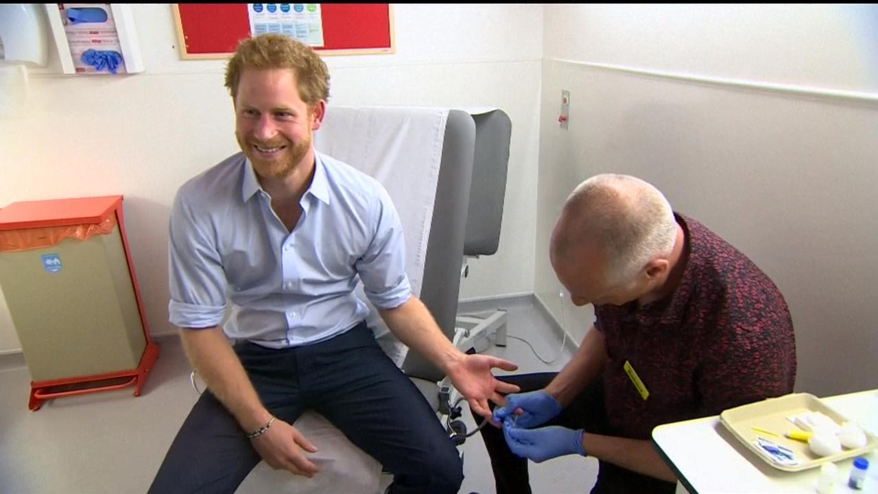 Prins Harry laat zich testen op hiv