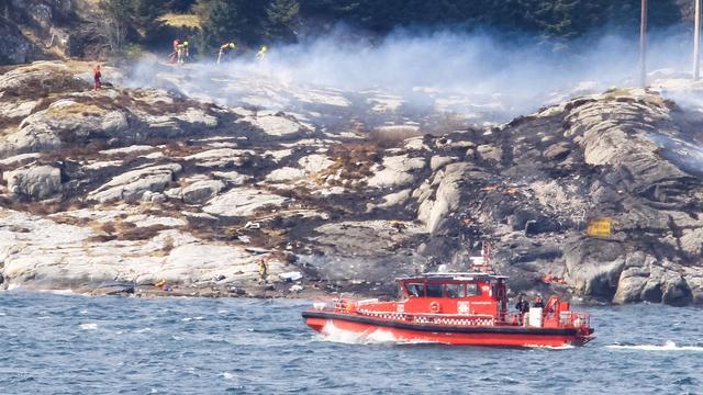 Dertien mensen komen om bij helikoptercrash nabij Noorse stad Bergen