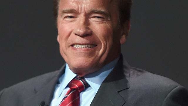 Arnold Schwarzenegger kapt interview af na vragen over Trump