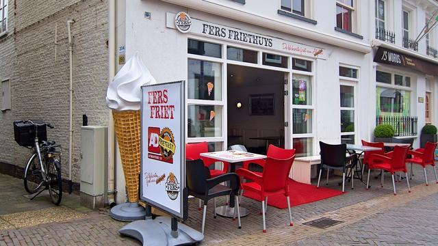 Fers Friethuys opnieuw in top 20 van de AD Friettest
