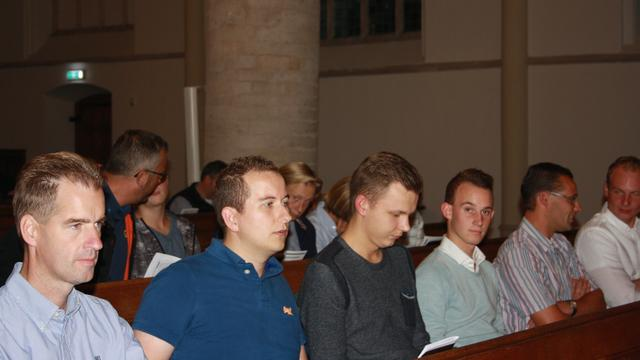 Verslag: honderd bezoekers bij Thoolse mannenzangavond