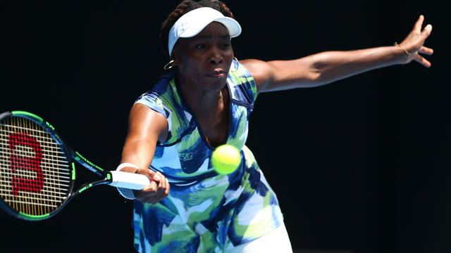 Venus Williams viert record met zege op US Open