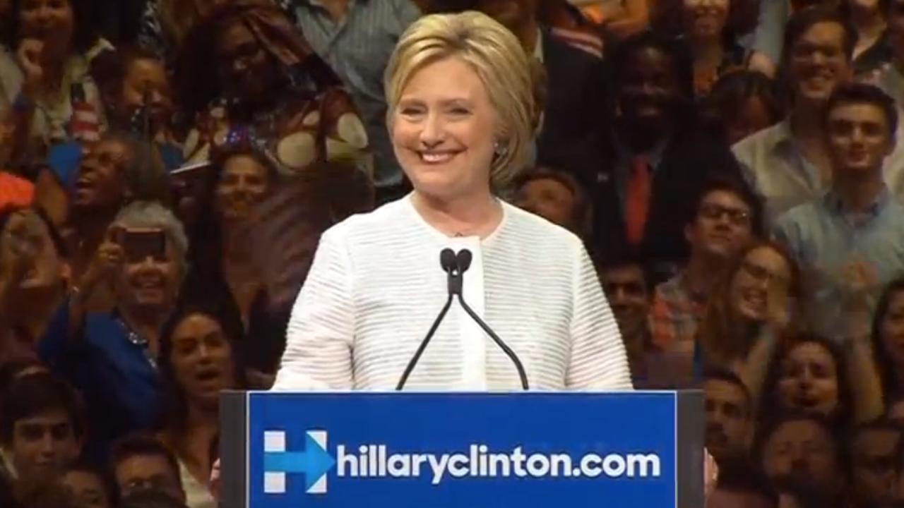 Hillary Clinton: 'We hebben de mijlpaal bereikt'