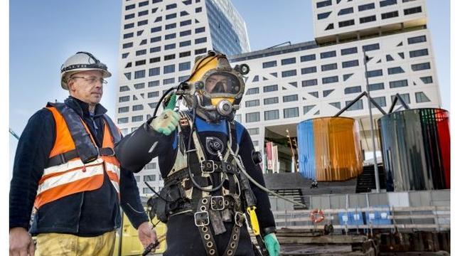 Er wordt meters diep gedoken op het Jaarbeursplein