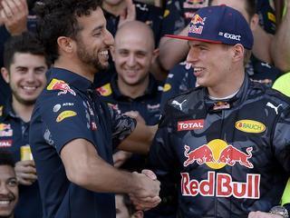 Teammaat Daniel Ricciardo heel blij voor 18-jarige Nederlander