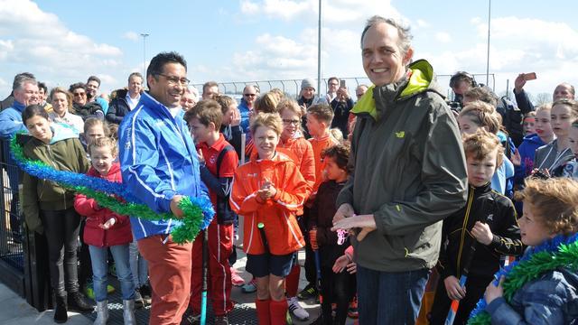 Utrechts nieuwe hockeyclub HC Rijnvliet dit weekend geopend door wethouder Jansen