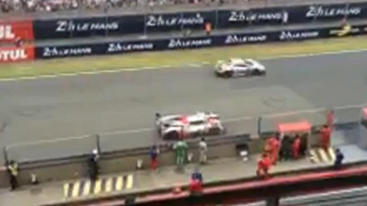 Wagen Toyota stopt ermee vlak voor finish van de 24 uur van Le Mans