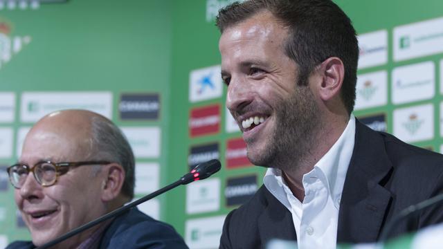 Herstelde Van der Vaart kan rentree maken voor Real Betis