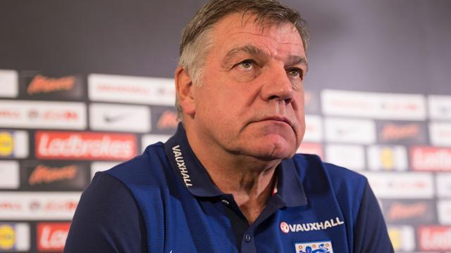 FA gaat opgenomen uitspraken van bondscoach Allardyce onderzoeken
