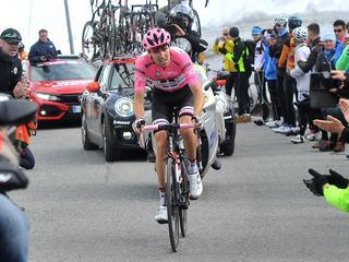 Ploegbaas Spekenbrink kijkt met positief gevoel naar laatste vijf dagen Giro