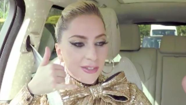Lady Gaga danst in de auto met James Corden