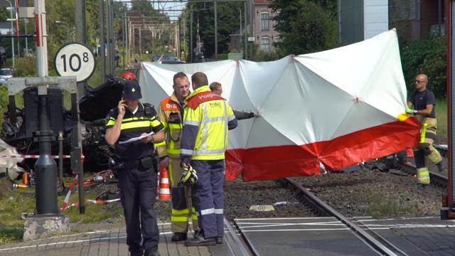 Reizigers vast in trein na ongeluk Twello