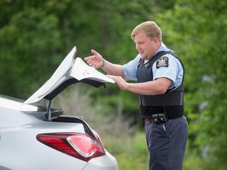 Vrouw weigerde medewerking aan de agenten