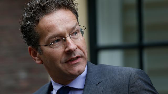 Dijsselbloem laconiek over oproep vertrek als voorzitter Eurogroep