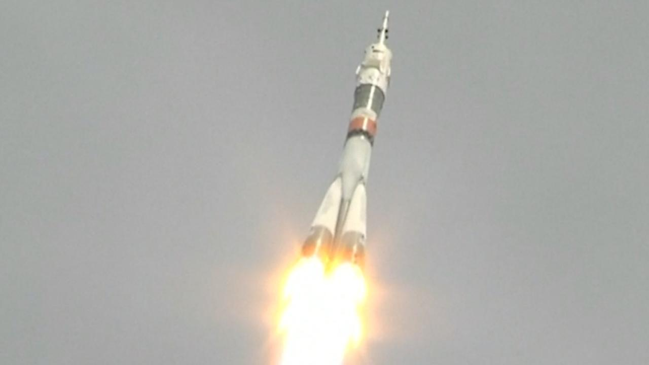 Raket met nieuwe bemanningsleden onderweg vanuit Kazachstan naar ISS