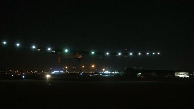 Zonnevliegtuig opgestegen voor laatste etappe wereldreis