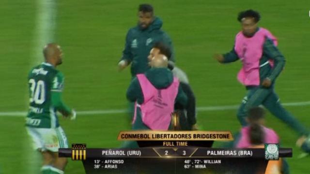 Spelers Penarol raken slaags met uitdagende Felipe Melo van Palmeiras