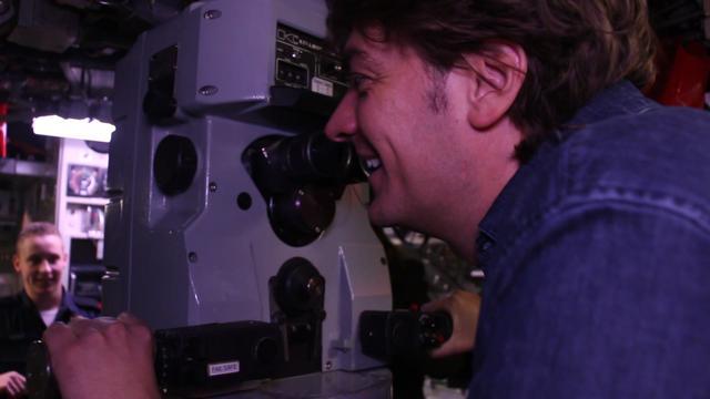 Radio 538-dj Frank Dane maakt eerste radioshow vanuit onderzeeër