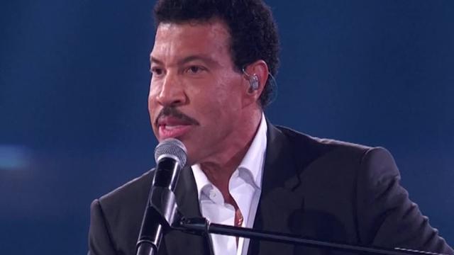 Lionel Richie krijgt eredoctoraat van Berklee College of Music