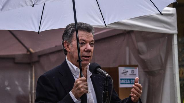 President Colombia hoopt afgewezen vredesakkoord te redden