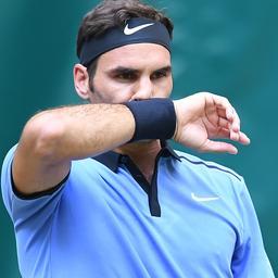 Federer denkt dat hij anders moet spelen in finale tegen toptalent Zverev