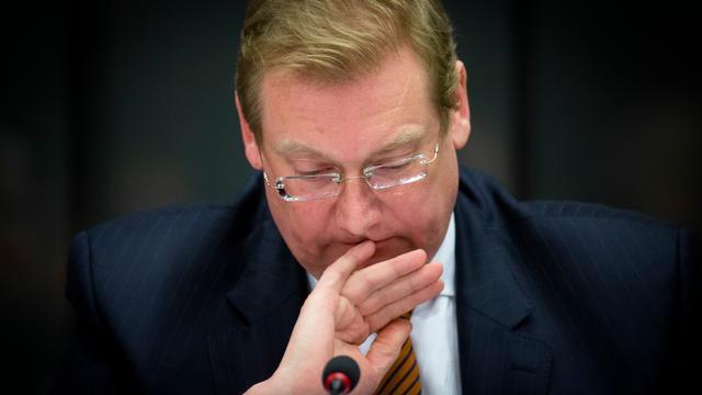 Van der Steur wil 'proactievere' houding van veiligheidsdiensten
