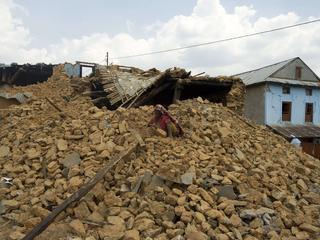 Specifieke seismische golven kunnen breuklijnen activeren