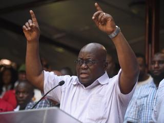 Huidig president Mahama geeft nederlaag toe