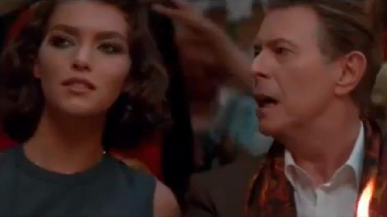 David Bowie terug in de tijd voor Louis Vuitton