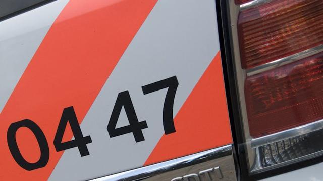 Politie houdt bromfietscontrole op Heilaarstraat